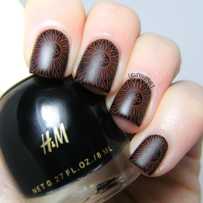 Mandala nail stamping matte