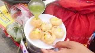 Indian favorite street food Pani puri