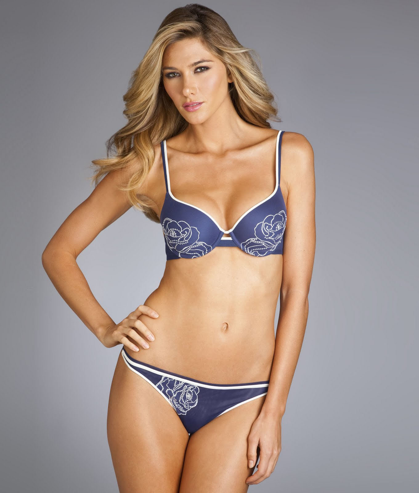 Global Buzz Times Maggi Caruthers Bra Size And