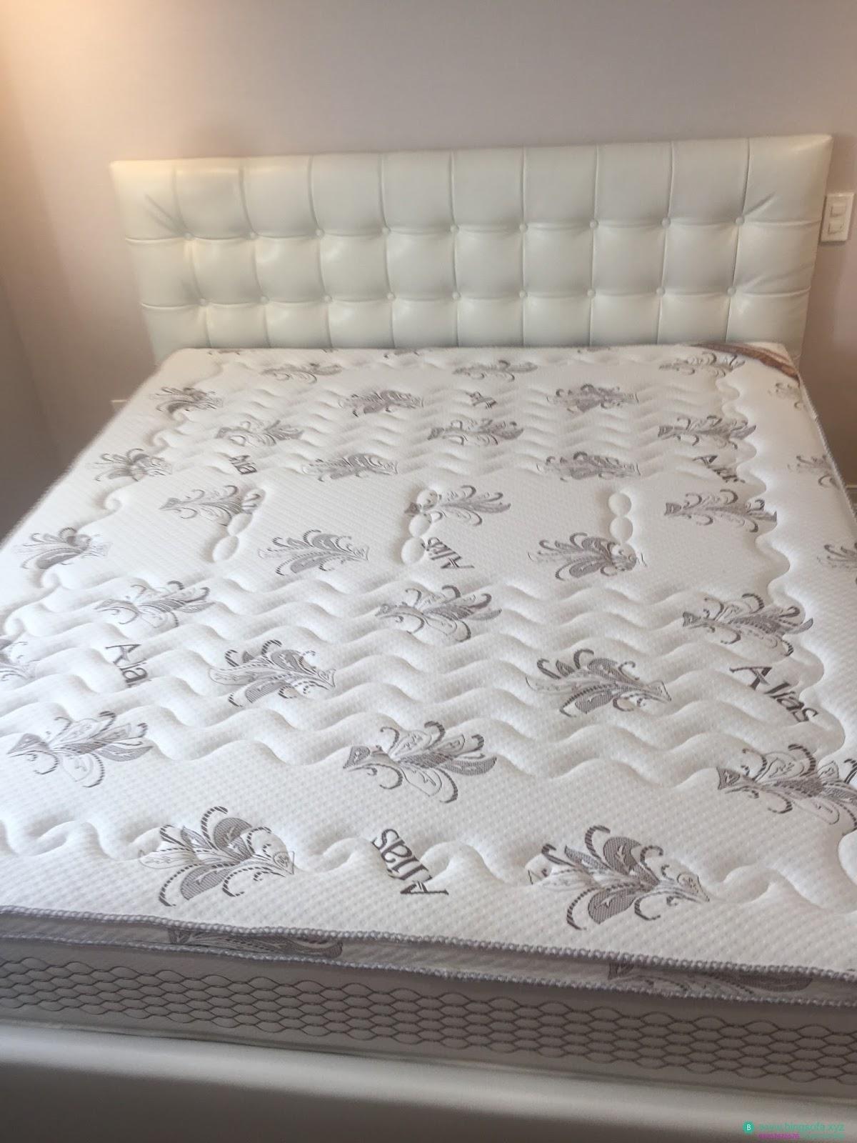 Mẫu giường bọc da phong cách hàn quốc hiện đại