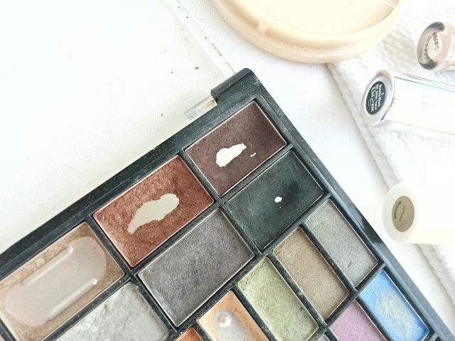 H&M paletka očních stínů
