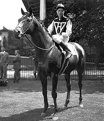 seabiscuit and red pollard comparison Seabiscuit captivated the nation in the late 1930s and upset triple crown winner war admiral in a match race  red pollard, nicknamed cougar,.