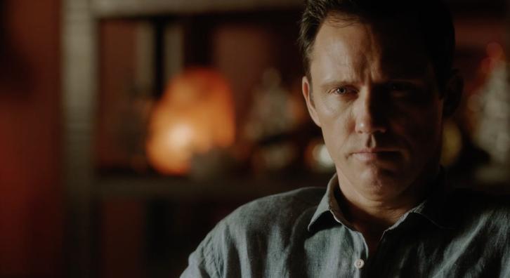 Shut Eye - Hulu Shifts to Binge Model for Psychic Drama Release