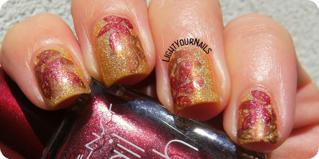 Fall coloured leaves nailart