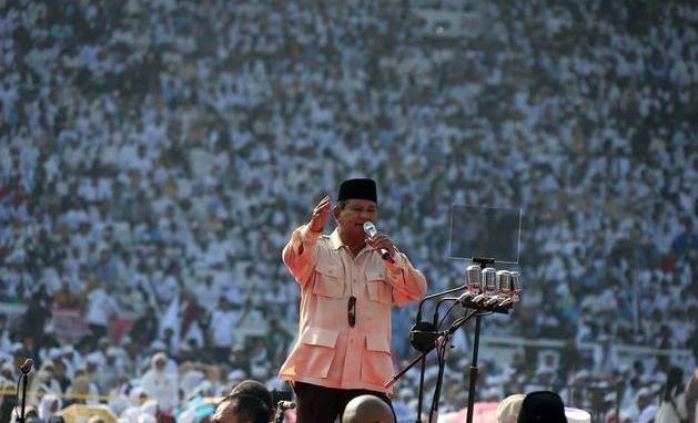 Prabowo: Yang Jual Beli Jabatan Siapa? Yang Bagi-bagi Amplop Siapa? Mana Buktinya!