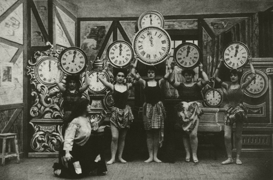 Cendrillon (Cinderella), 1899 - dancing clocks