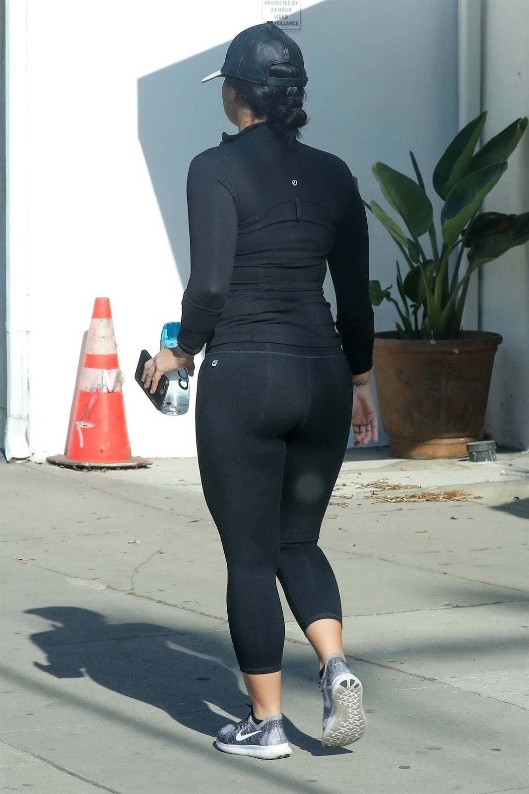 Demi Lovato Booty in Tights Leaving the Gym