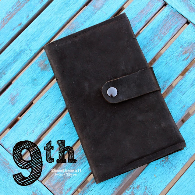 http://www.doodlecraftblog.com/2014/11/christopher-eccleston-black-leather.html