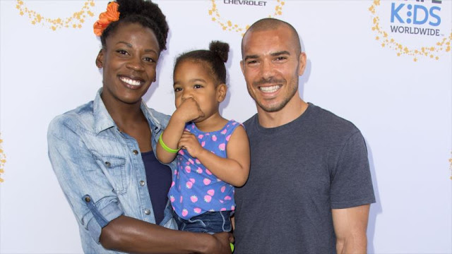 Atleta estadounidense compite en 800 metros embarazada de 5 meses