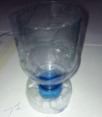 cara membuat gelas dari botol plastik bekas