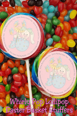 Create a fun and yummy Easter basket stuffer with these Whirly pop lollipop labels.  They are so easy to make and make great party favors or little gifts for everyone on the Easter bunny's list this year.