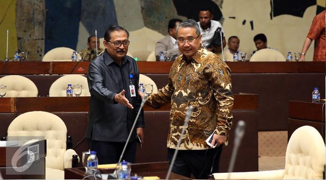 Menteri Desa Wajibkan Kades Pasang Baliho Dana Desa