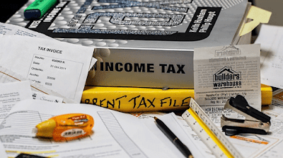 ilustrasi pembayaran pajak