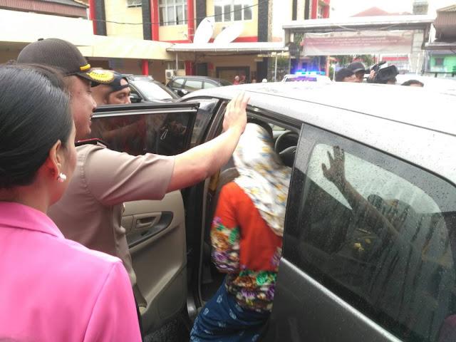 Kapolda Iringi Kepulangan Dua Korban Penembakan Lubuk Linggau