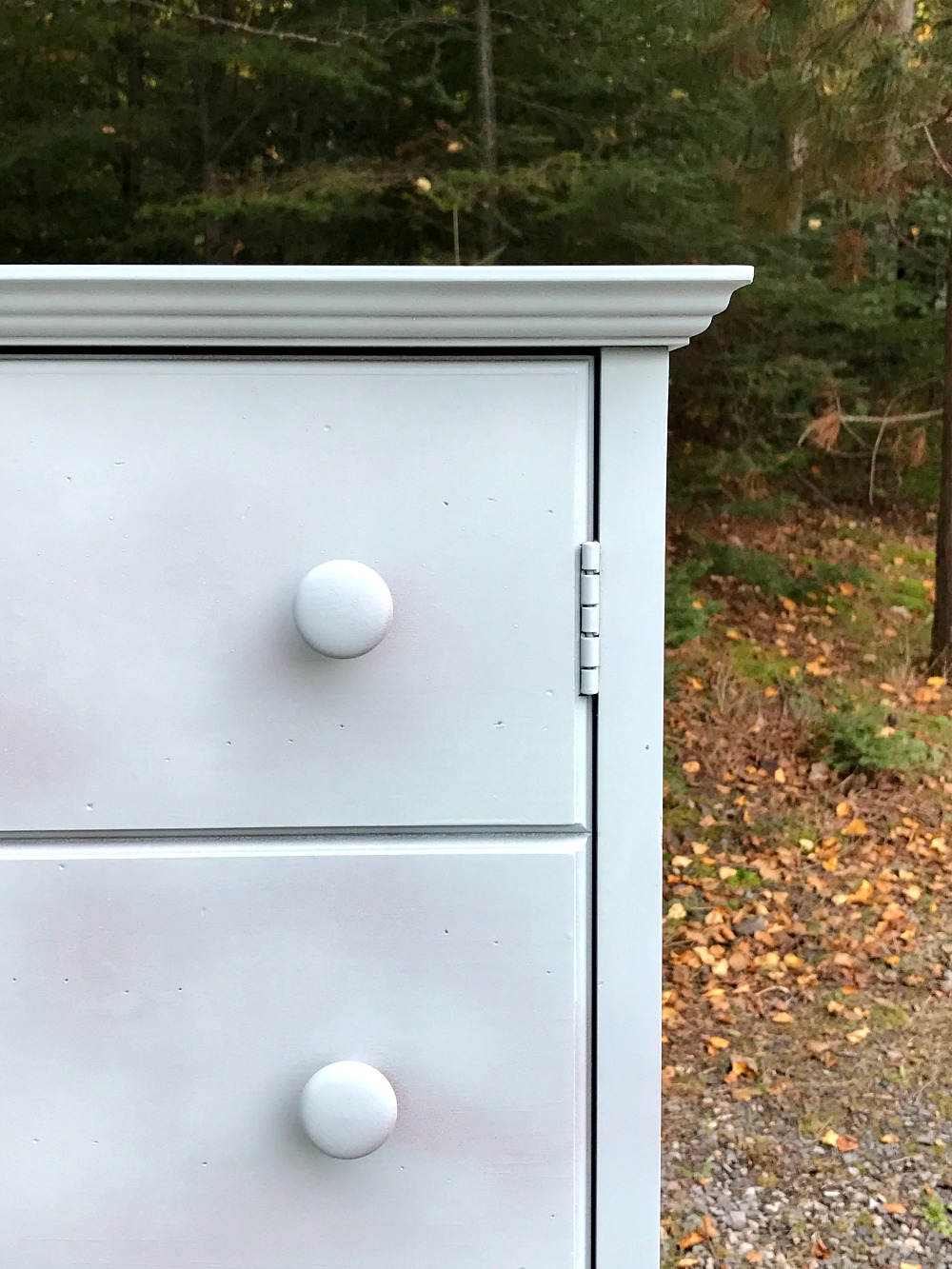 chalk paint cabinet makeover