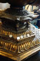 各仏像には賽銭が^^;