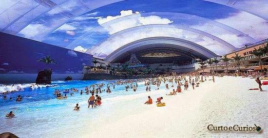 A maior praia artificial 'hightech' do mundo, onde é verão o ano inteiro!