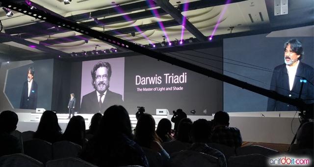 Presentasi Darwis Triadi Master Photography Indonesia