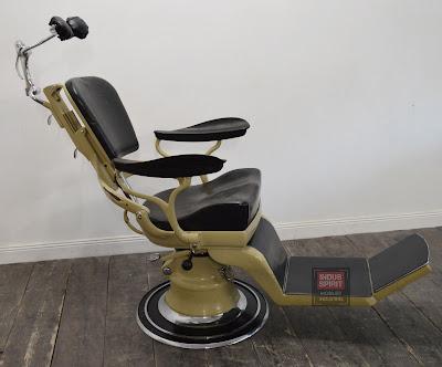 Ancien fauteuil de dentiste Sterling