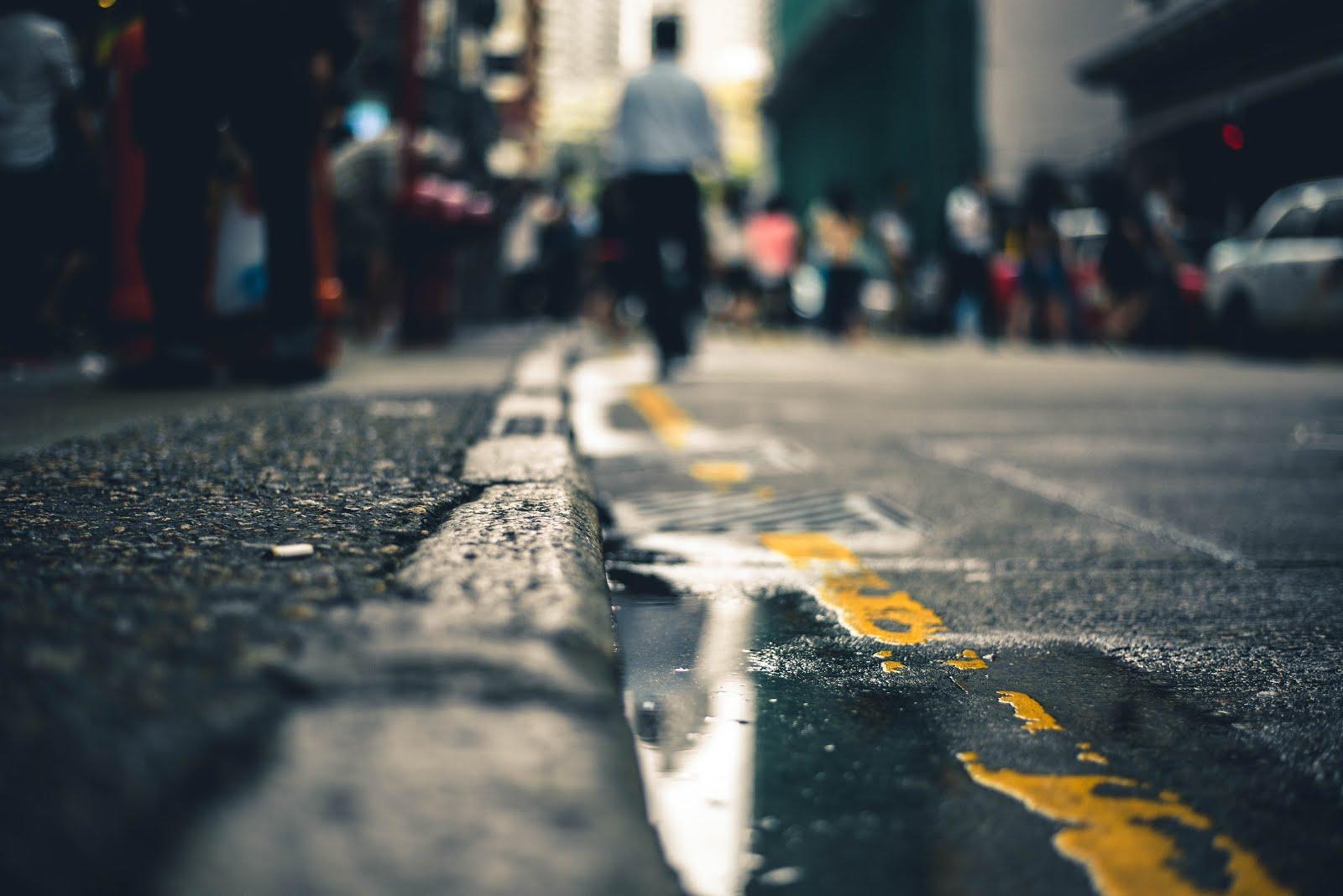 Naquela calçada