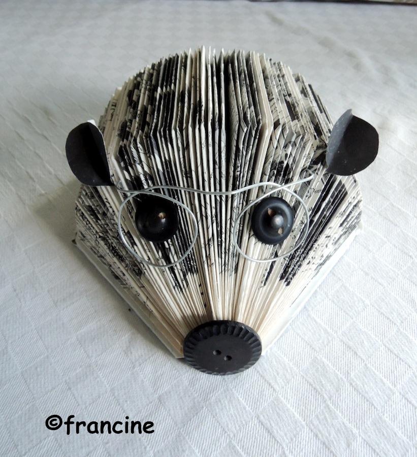 Francine Bricole Herisson Pliage Vieux Livre Recycle