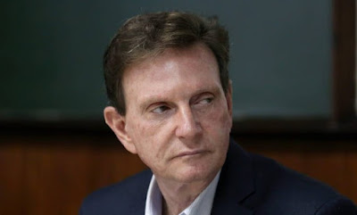 http://www.folhapolitica.org/2017/01/no-primeiro-dia-novo-prefeito-do-rio.html