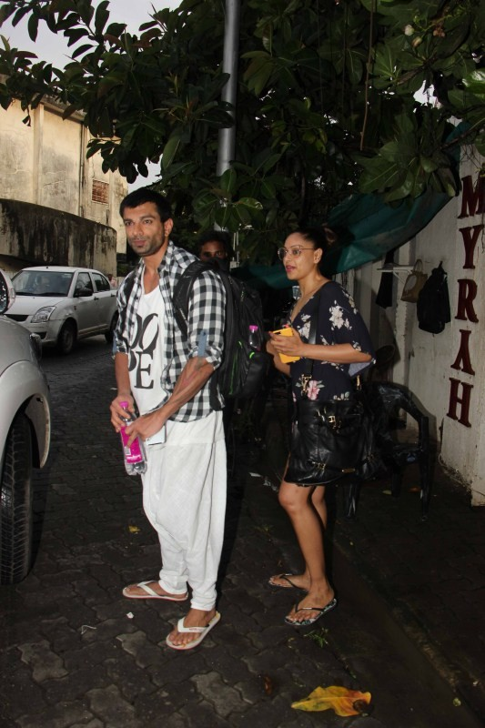 Karan Singh Grover & Bipasha Basu Snapped at Spa In Juhu