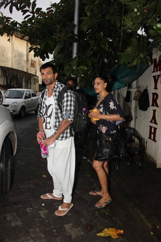 Karan Singh Grover & Bipasha Basu Snapped at Spa In Juhu