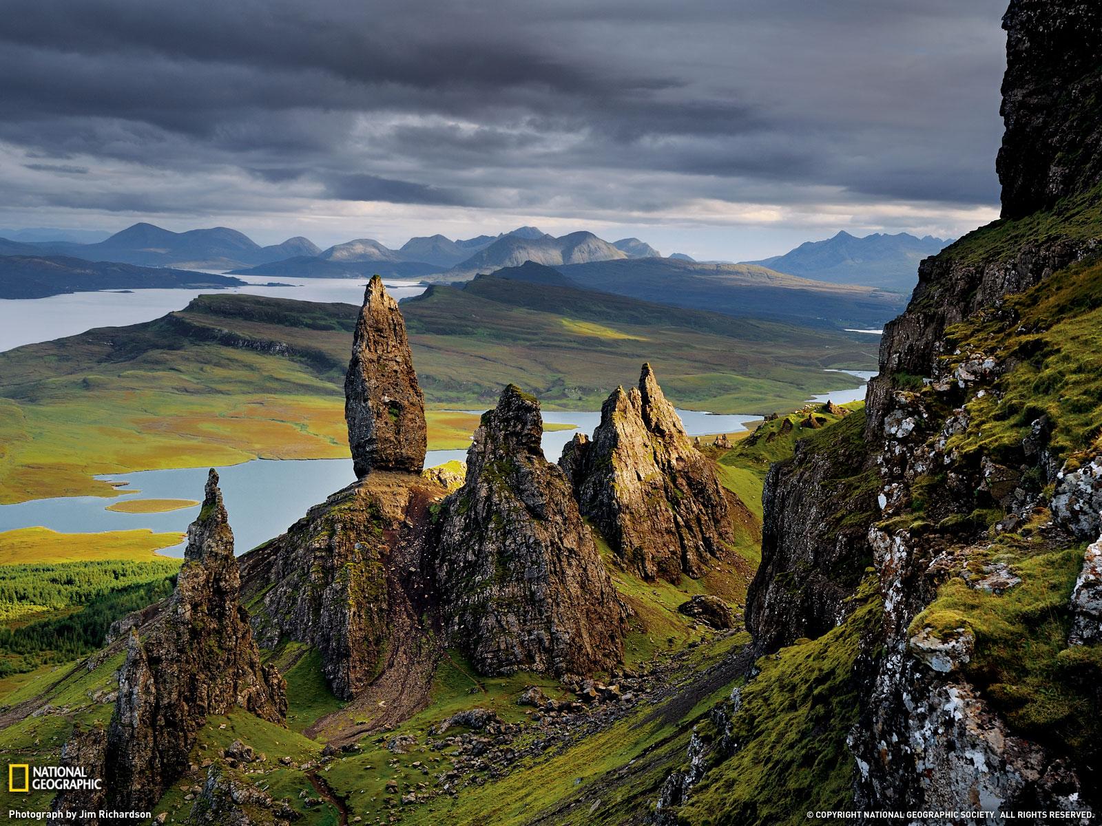 Travel Trip Journey : Basalt Pinnacles, Scotland