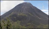 Gunungapi Soputan Sulawesi Utara