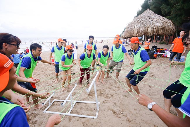 Image result for trò chơi team building