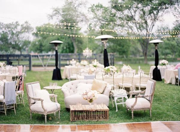 Nina Fleurina: Vintage Wedding Decor {Flea Market} Style