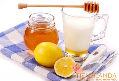 Làm trắng da toàn thân với chanh, mật ong và sữa tươi