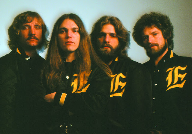 The Eagles 77