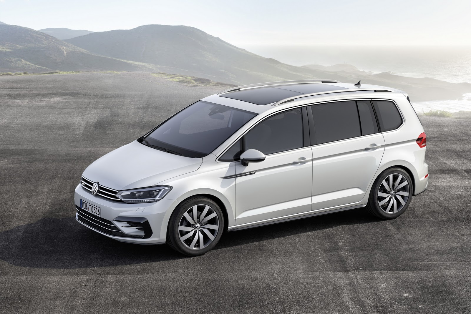 It's Official: All-New VW Touran Based On MQB Platform [w/Video]