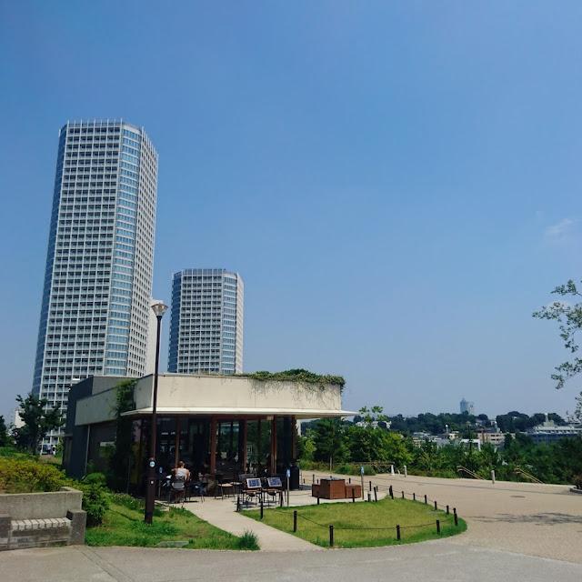 多摩川 二子玉川公園 スタバ