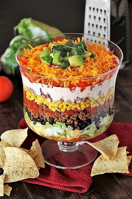 How to Make Layered Taco Salad Image