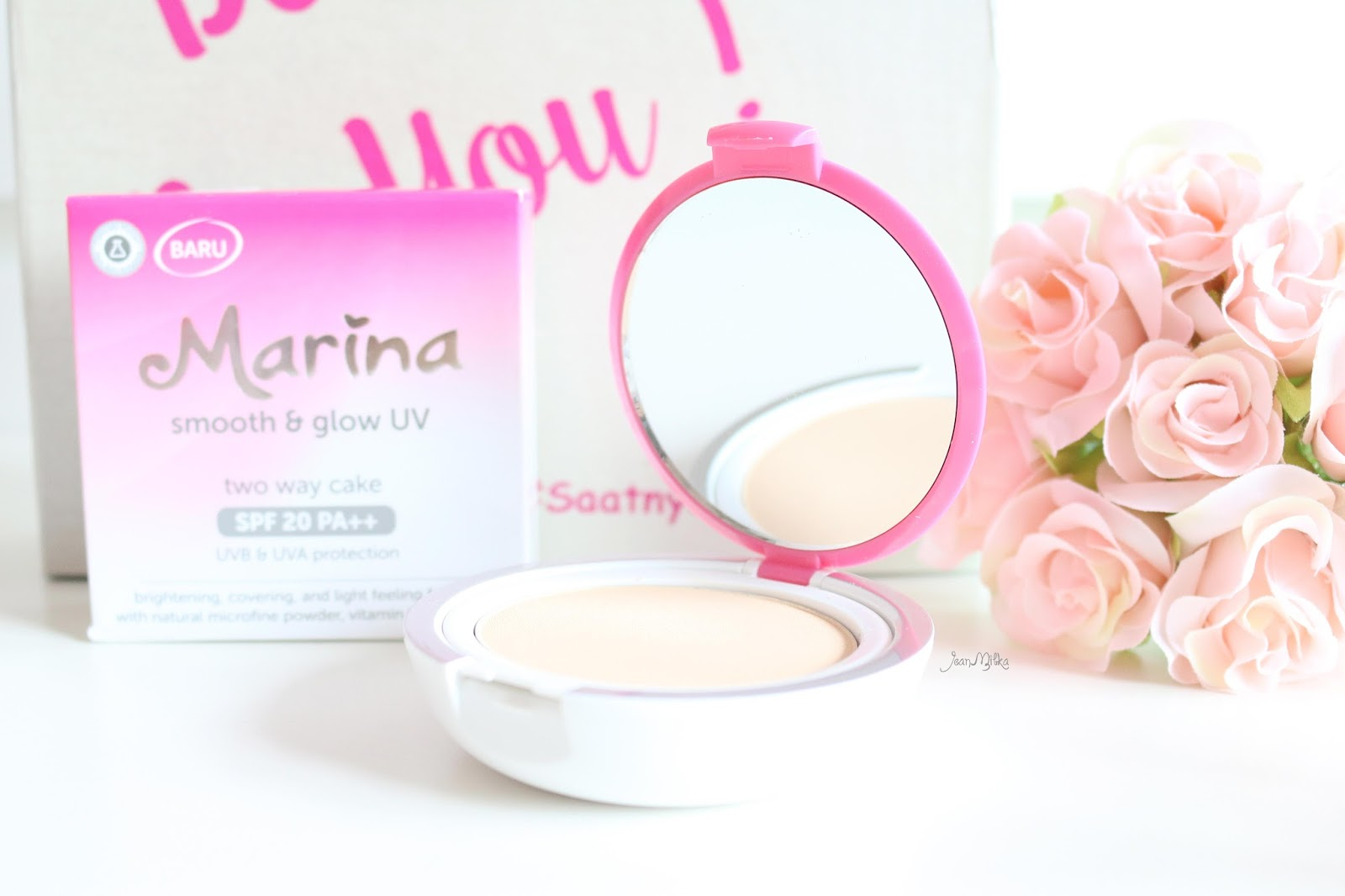 review, marina, marina smooth and glow, bb cream, two way cake, powdery foundation, compact powder, drugstore, makeup, makeup murah, smooth and glow uv, saatnya bersinar, marina two way cake