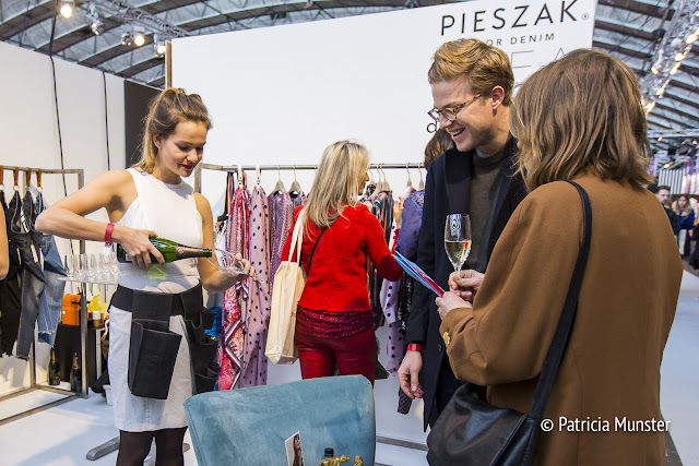 Drinking champagne at Amsterdam Fashion Trade Show - january 2018