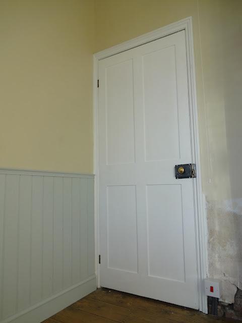 Pained Victorian Door with Rim Lock