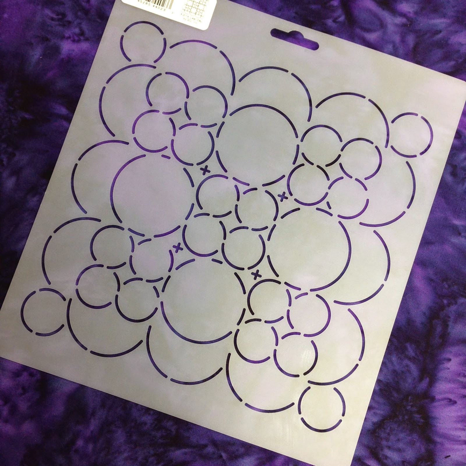 The Free Motion Quilting Project: 7. Quilt Circles in a 9 Patch Block