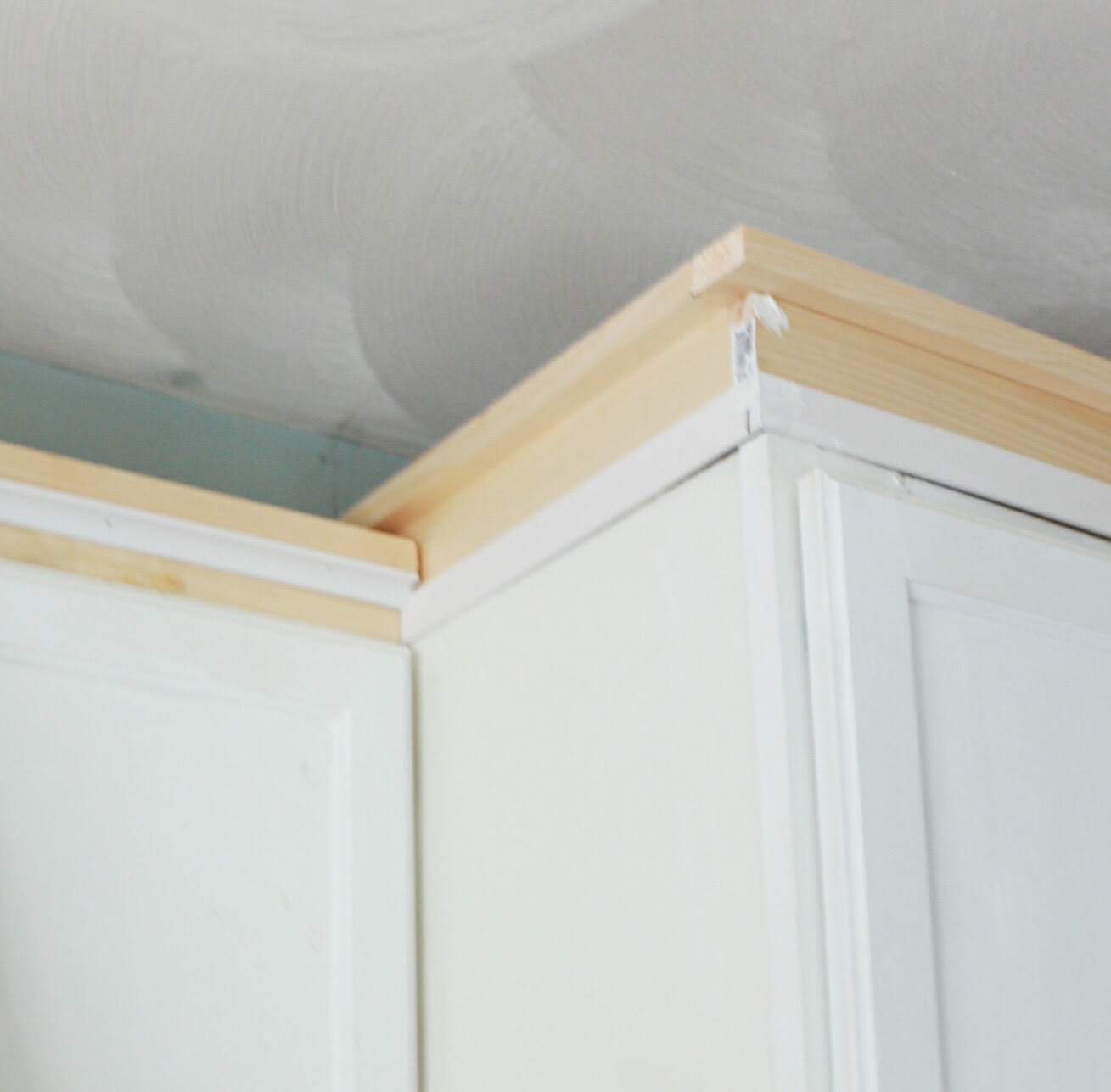 Molding On Top Of Kitchen Cabinets Outdoor Design My Diy Cabinet Crown How To Fake The