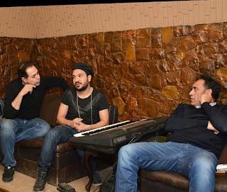 صور. حكيم يسجل أغنيته الجديدة مع عمرو مصطفى وتامر حسين