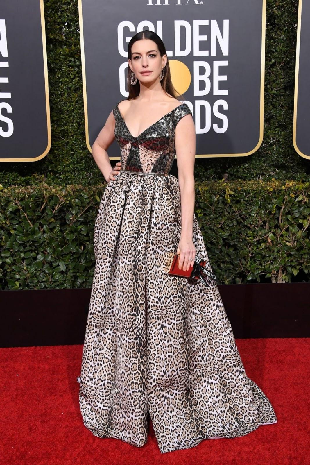 Anne Hathaway at 2019 Golden Globes