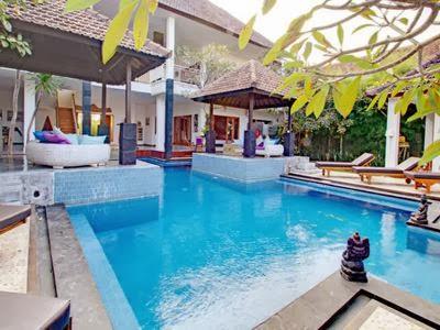 hotel dekat stasiun tugu dengan kolam renang