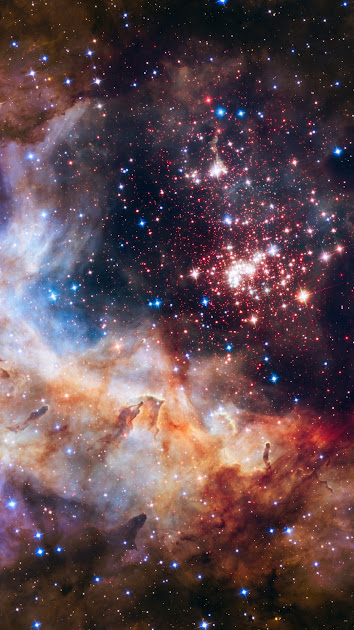 Hubble Space Telescope Celebrates 25 Years