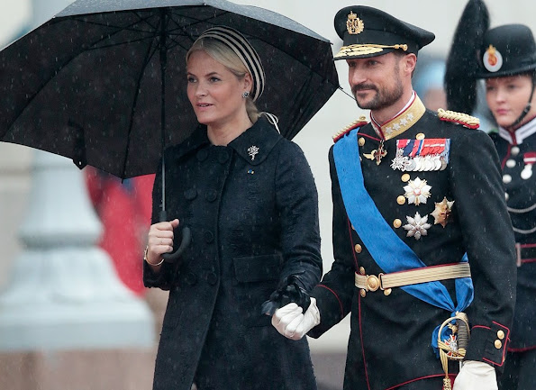 Crown Prince Haakon, Crown Princess Mette-Marit and Princess Astrid. King Harald, Queen Sonja