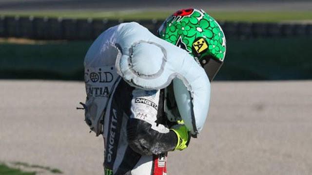Musim ini Pembalap MotoGP Wajib Pakai Baju Balap Airbag