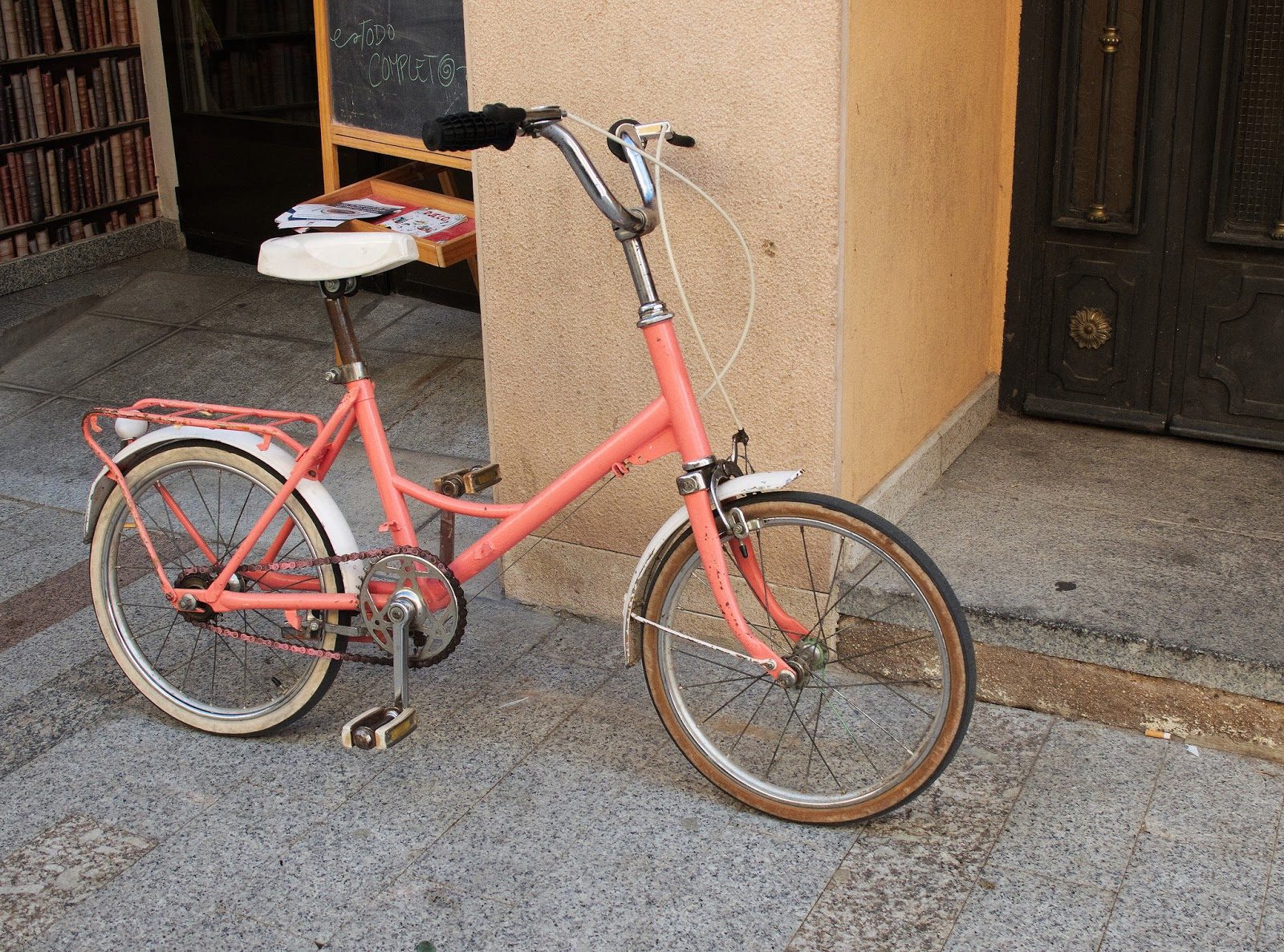 Bicicleta antigua, Candeleda, Avila, 2016