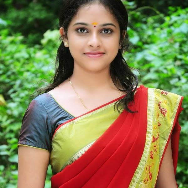 latest-sri-divya-sexy-stills-hot-images-2014